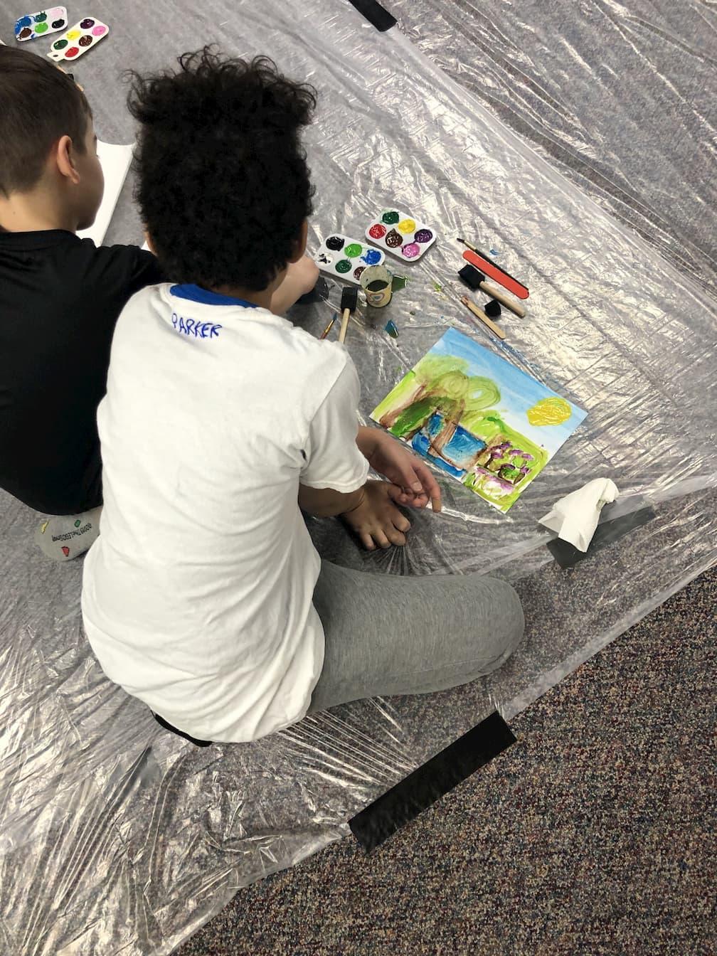 Homeschoolers working together